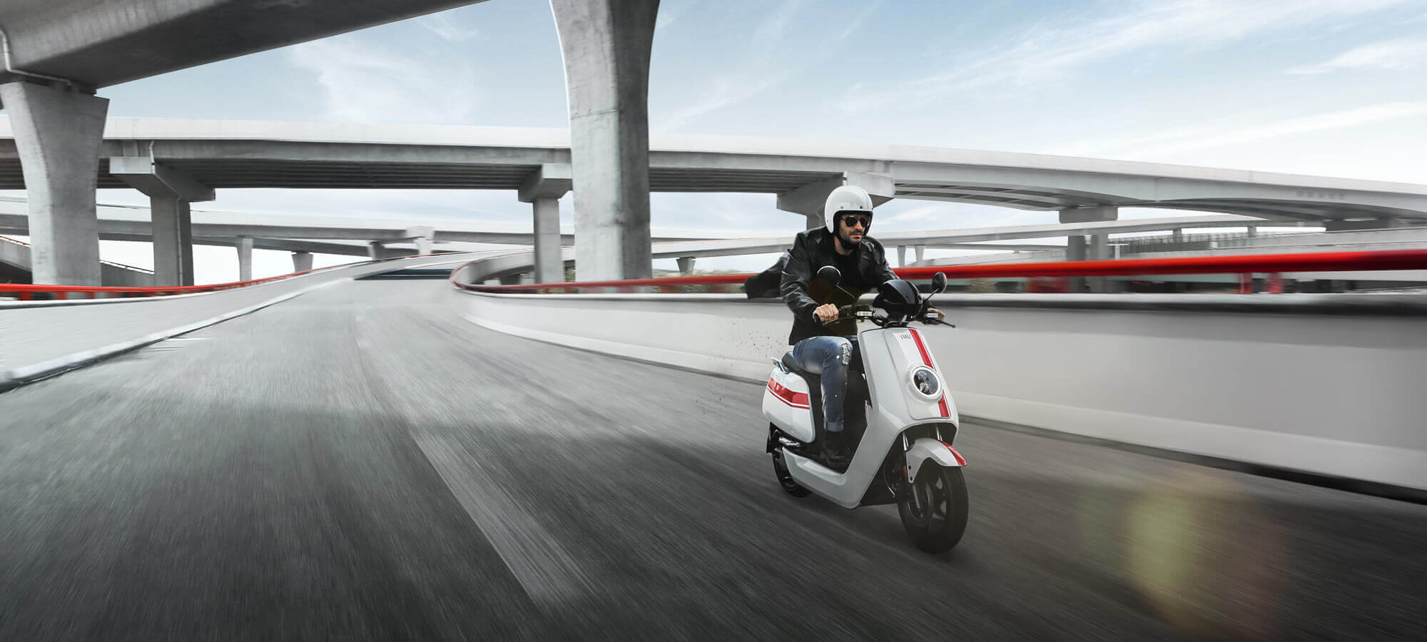 Acheter un scooter connecté niu - niu-paris