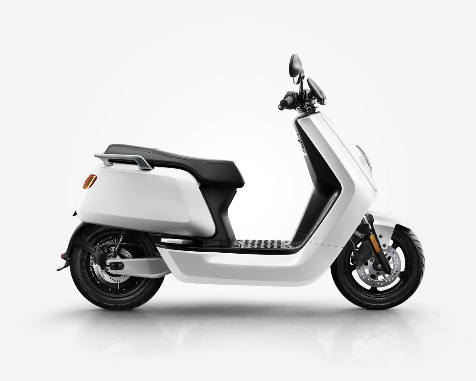 Scooter electrique 125 - niu-paris